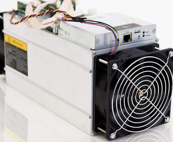 Bitmain Antminer S9 Bitcoin Miner + Bitmain APW3++ Netzteil 1600W