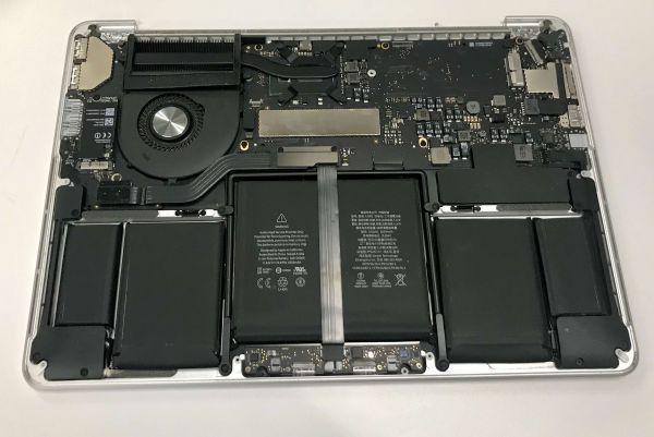 Apple MacBook Pro 13 (11,1) i7-5557U 16GB Mainboard